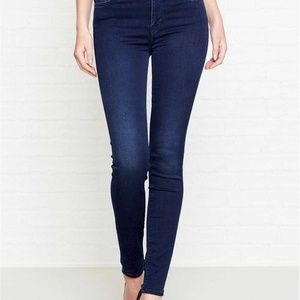 7 For All Mankind Sophie Dark Wash Skinny Jeans
